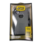 OtterBox Defender Series Rugged Case for Apple iPhone 4/4S (White & Gray) (Bulk Packaging)